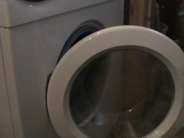 how much electricity does a washing machine use